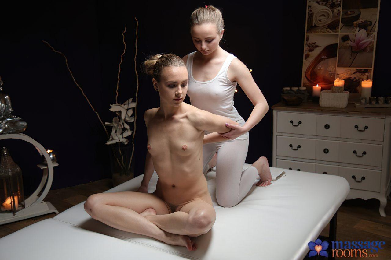 Lesbica Massagem Amiga (1)