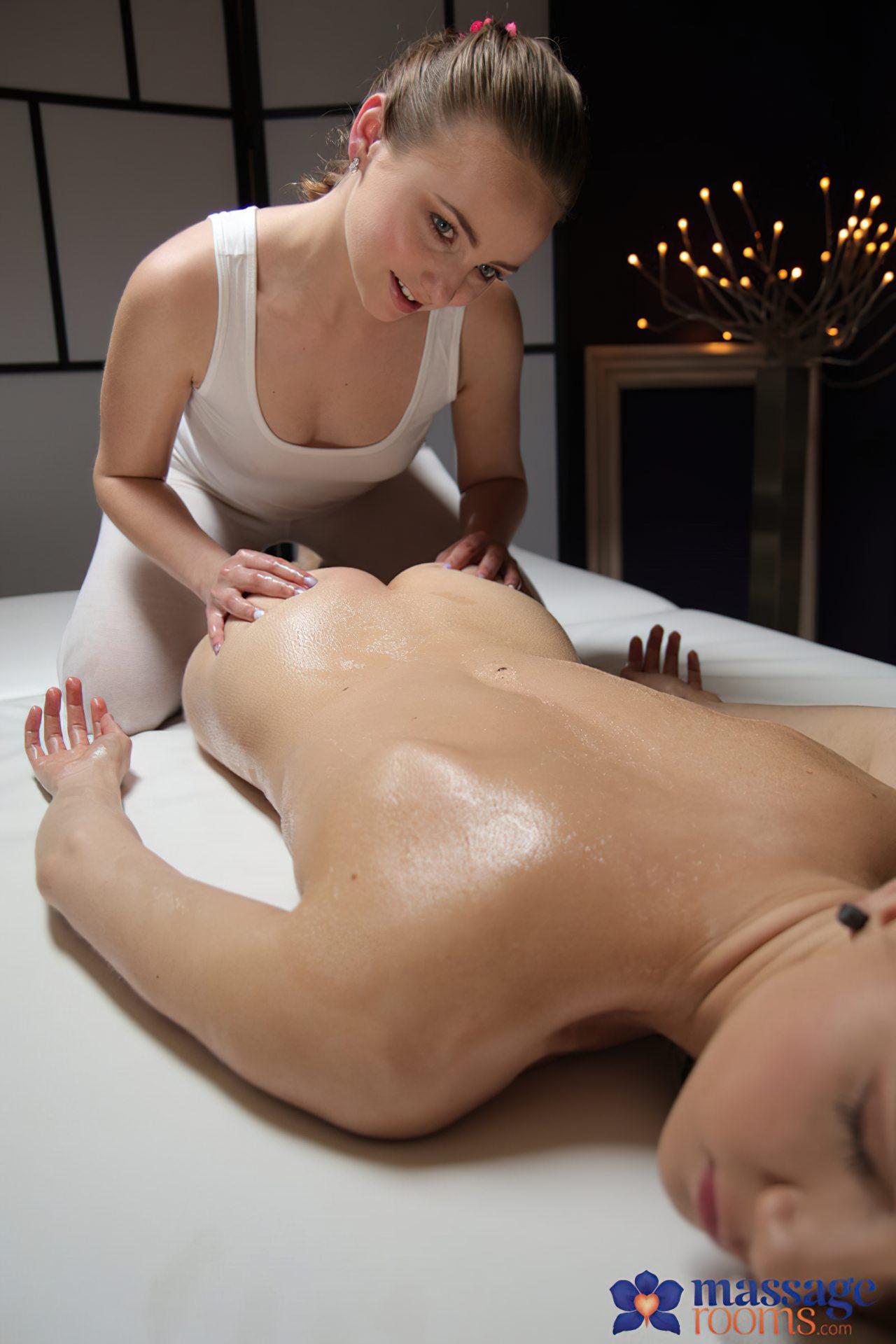 Lesbica Massagem Amiga (13)