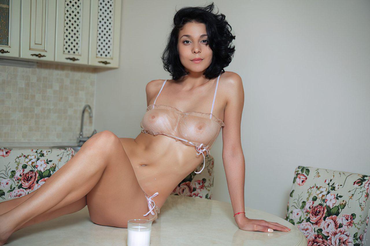 Mocinha Linda Nua (3)