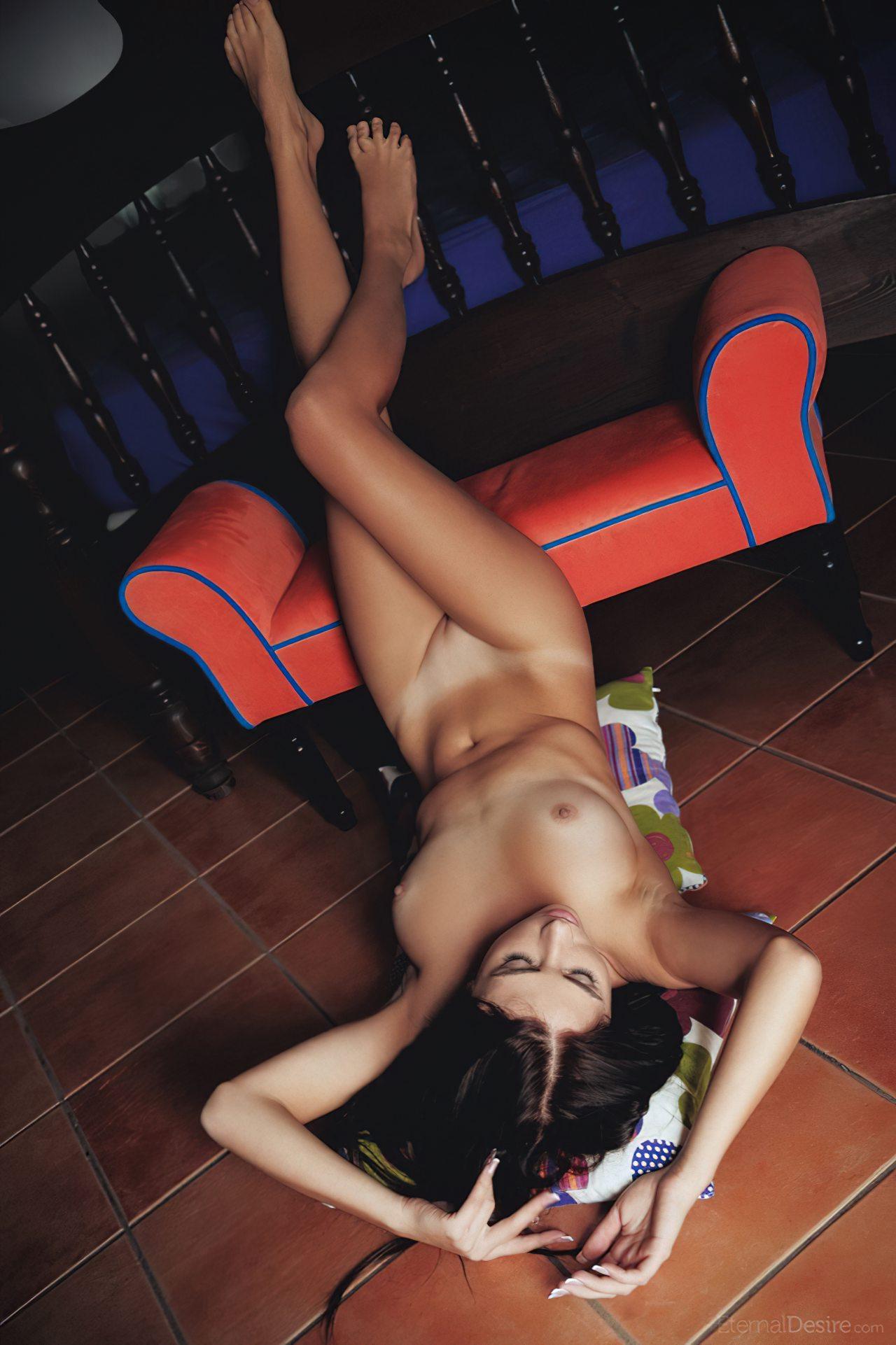 Morena Sexy Pelada (7)