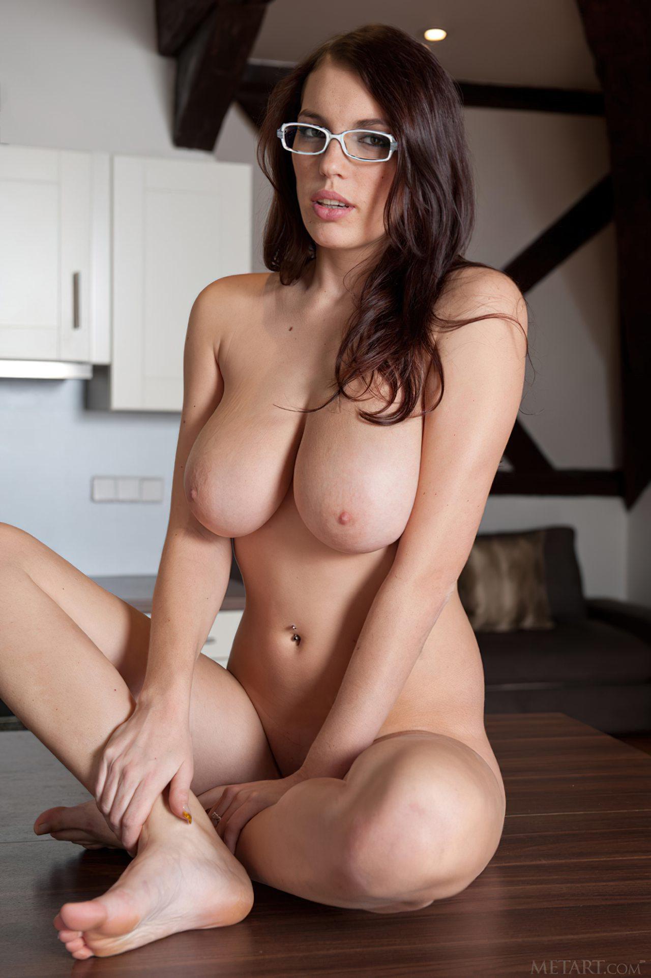 Putas Nuas (1)