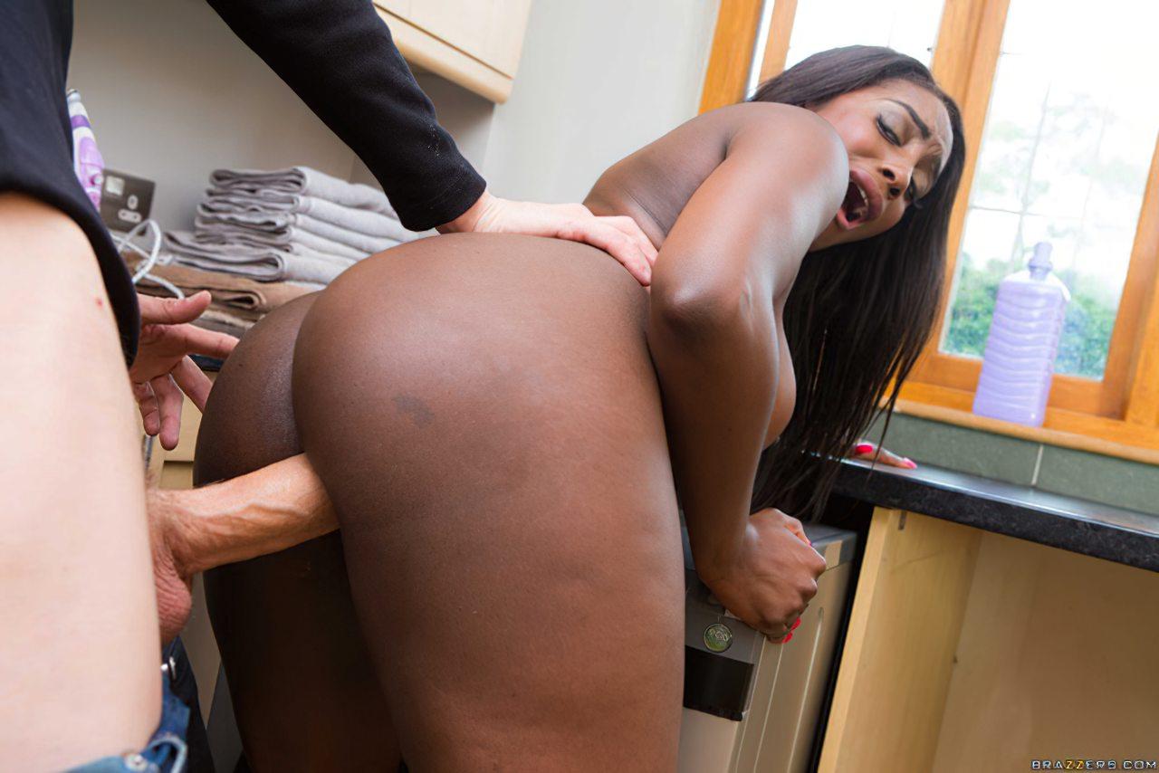 Sexo Interracial Negra Gostosa (10)