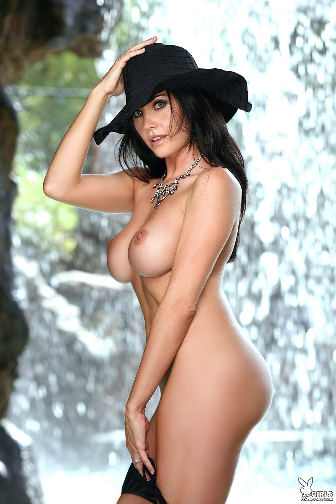 Brandi Bryant Nua