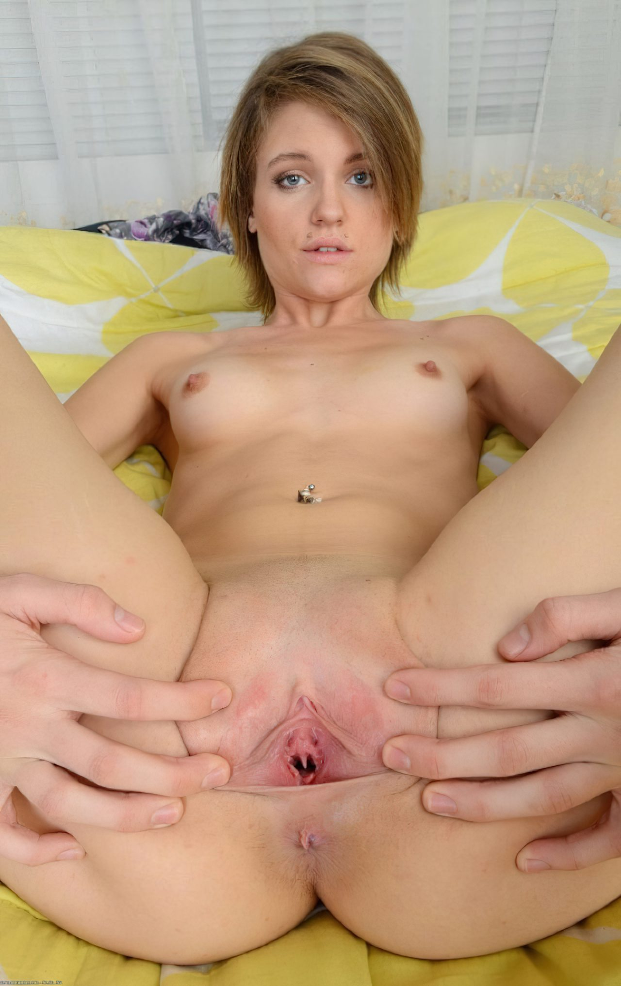 Bucetas Mulheres Pernas Abertas (30)