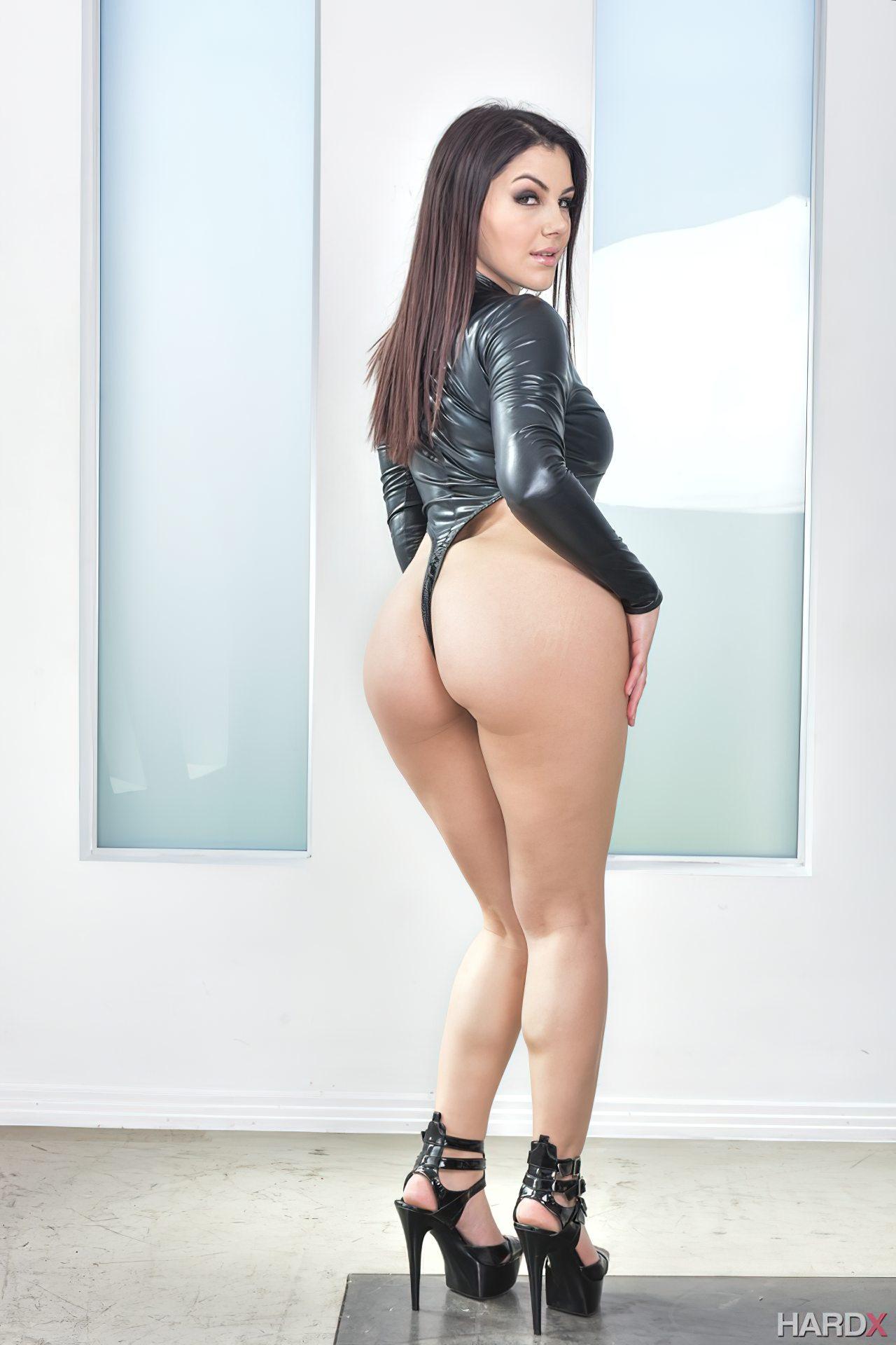 Mulher Italiana Rabuda (1)