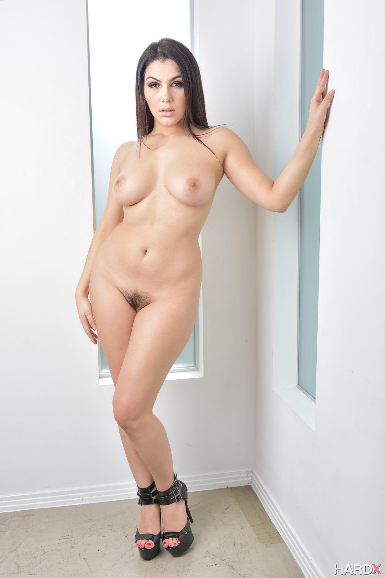Mulher Italiana Rabuda (11)