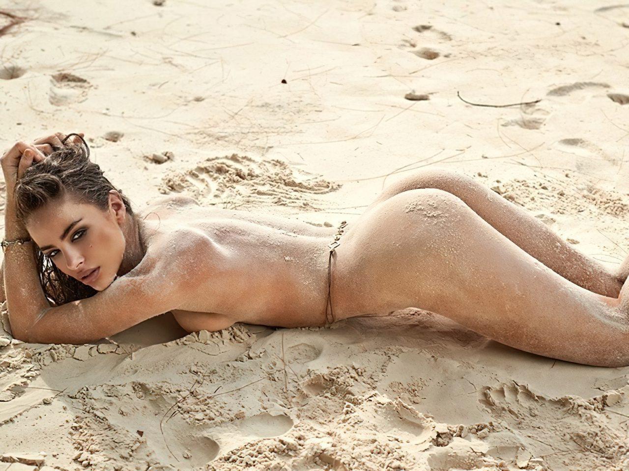 Nicole Meyer Nua na Praia (6)