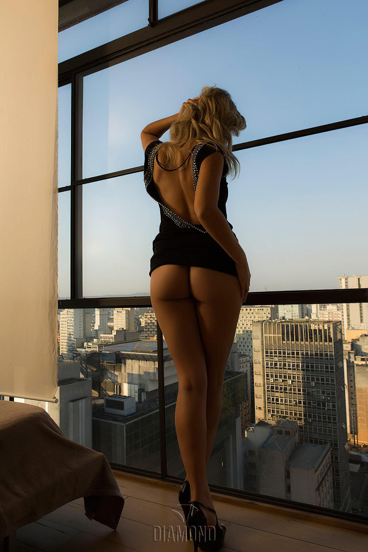 Talyta Schroeder Sexy (2)