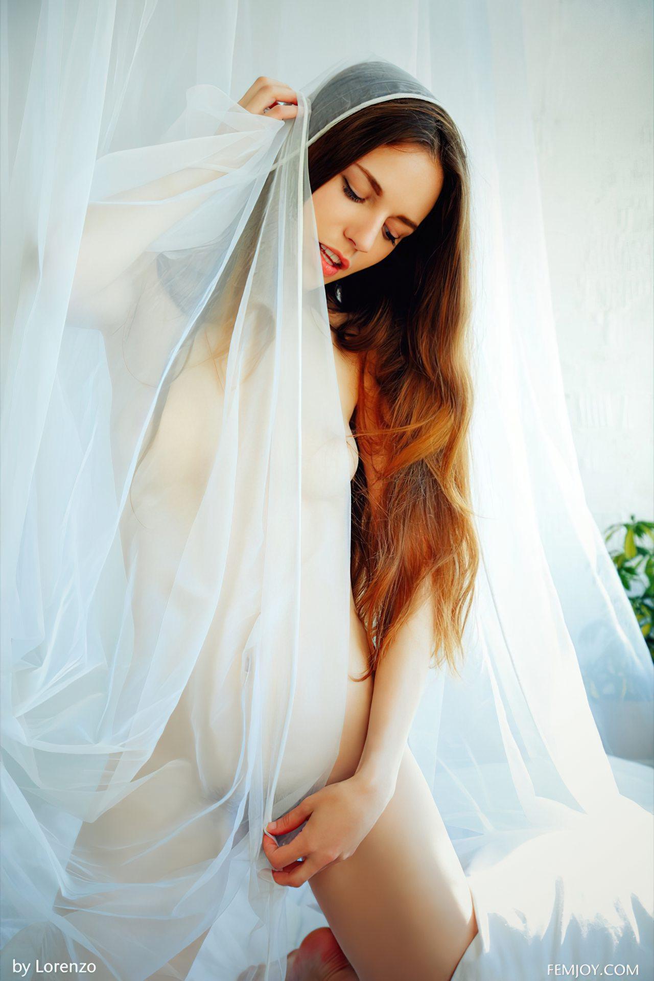 Sofi Peludinha Sexy (2)