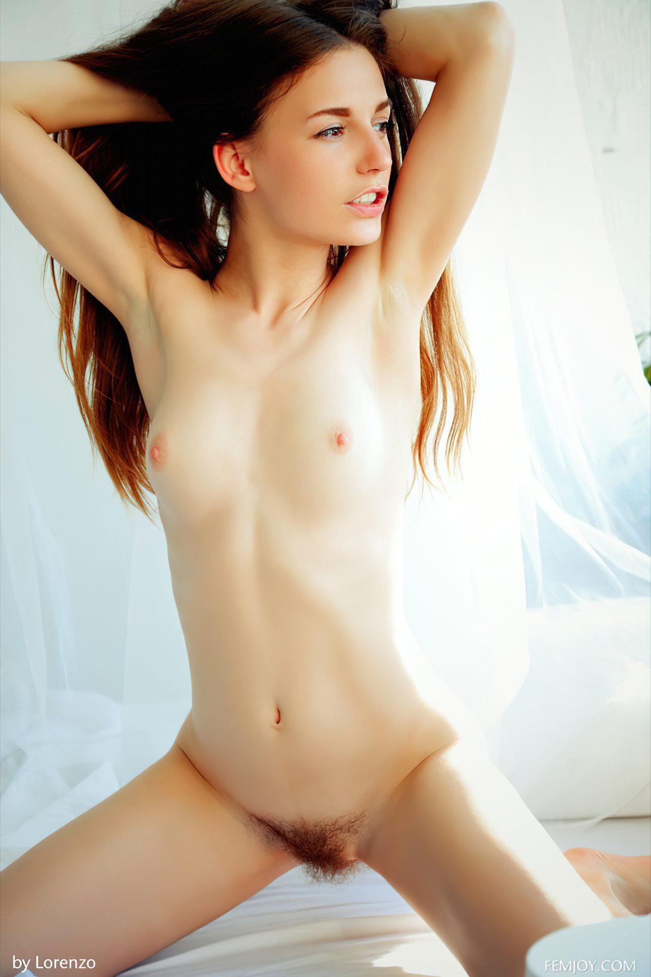Sofi Peludinha Sexy (11)