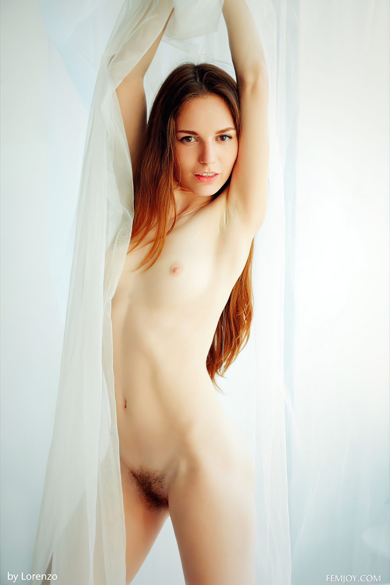 Sofi Peludinha Sexy (14)