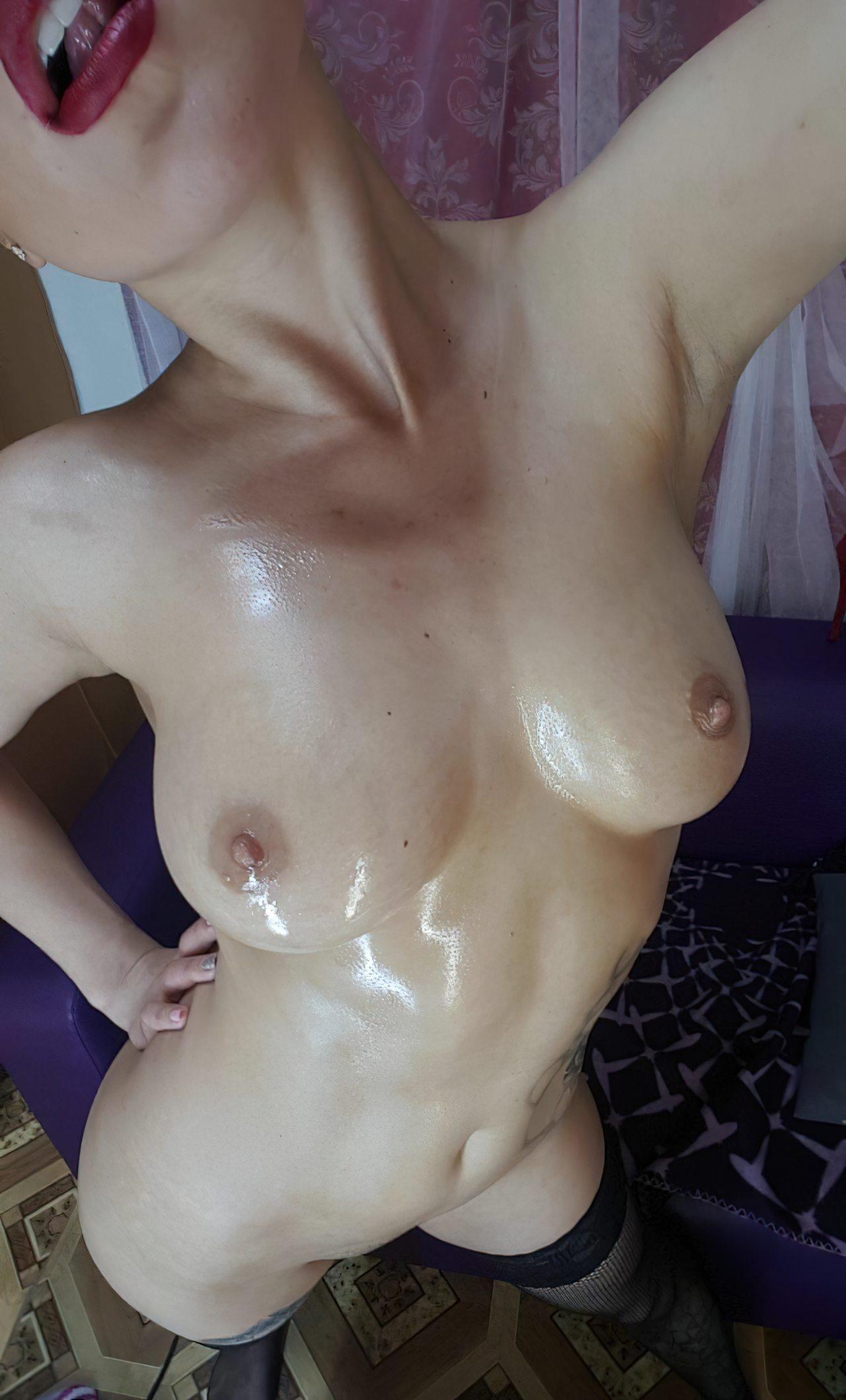 Naked Women (41)