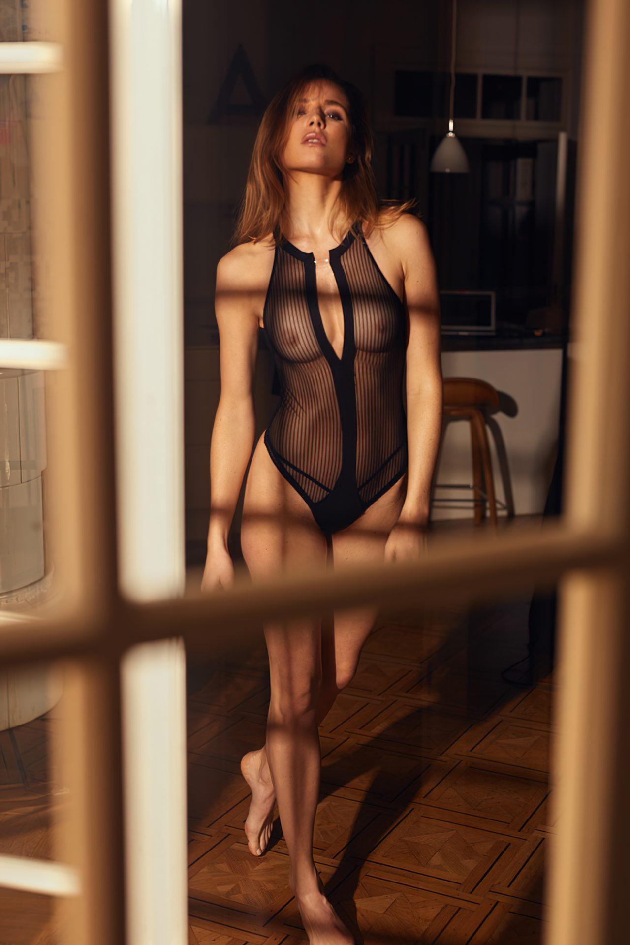 Karen Ziefeldt Sexy (1)