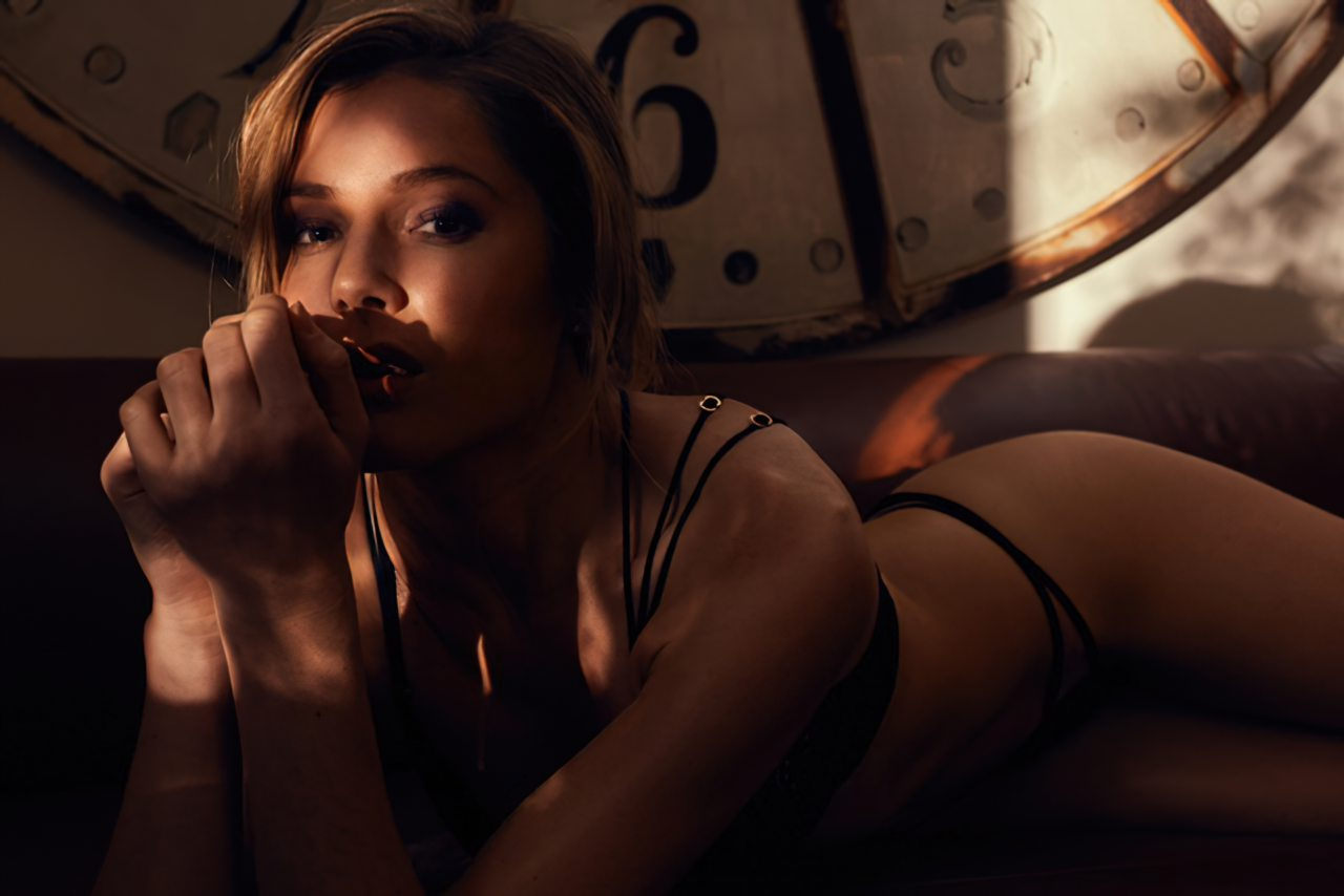 Karen Ziefeldt Sexy (9)