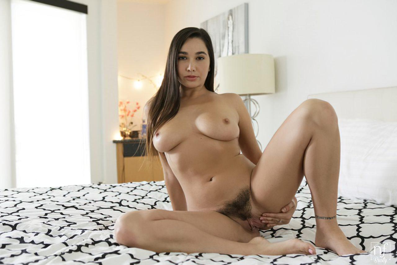 Mulher Buceta Peluda (94)