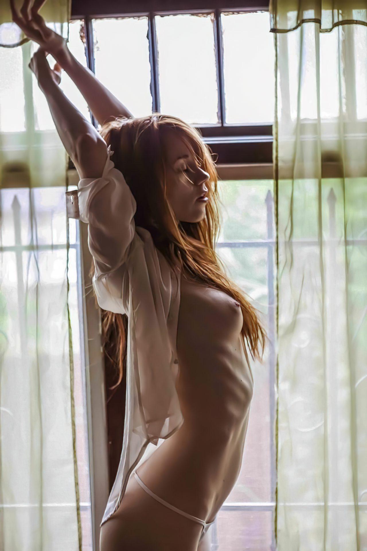 Imagens de Mulheres Despidas (49)