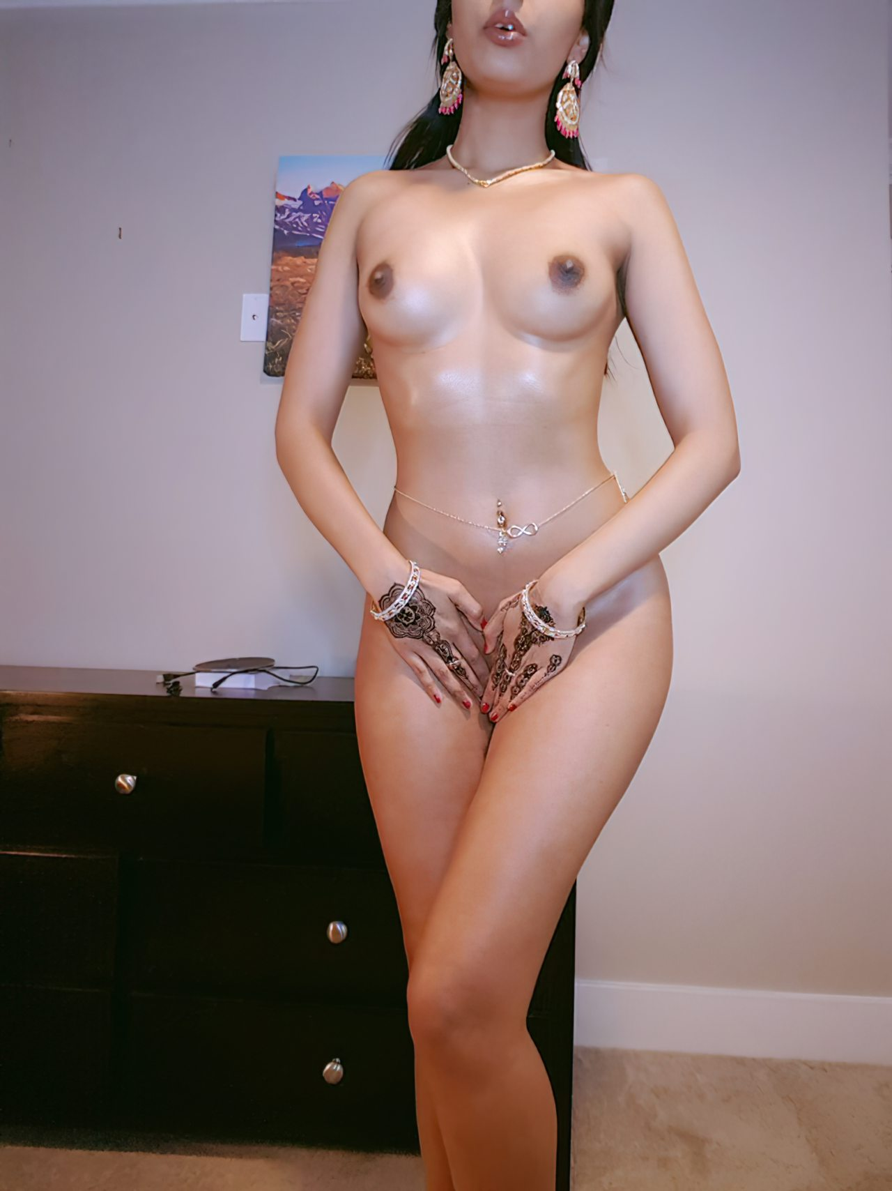 Mulher Indiana Exibida Nua (4)