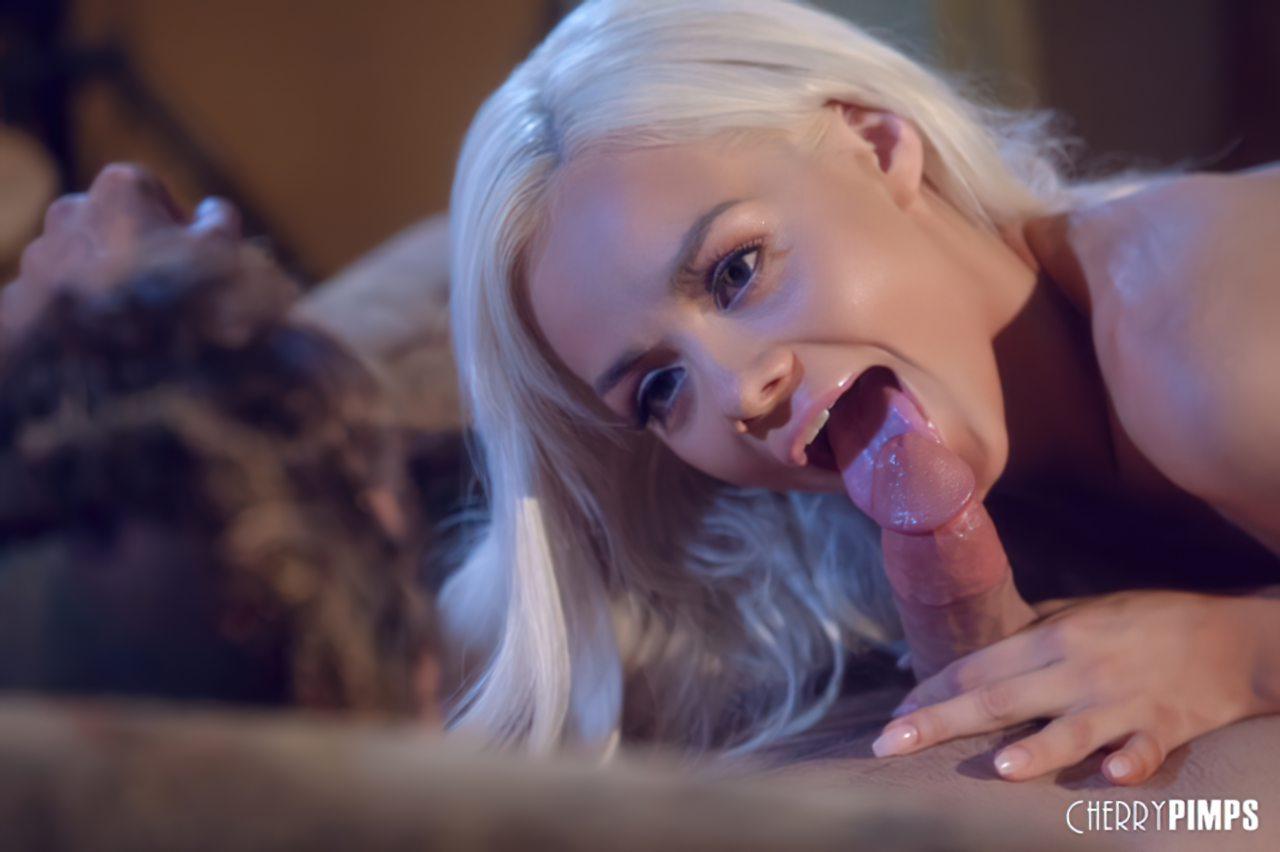 Loira Danada Louca por Sexo (7)