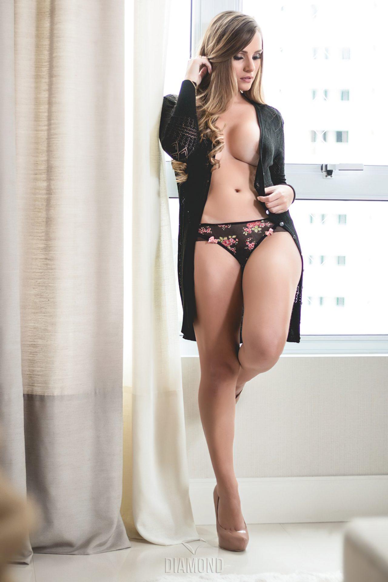 Jéssica Weiss Nua (4)