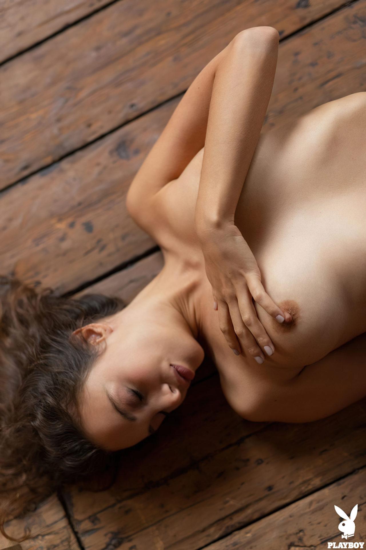 Linda Calypso Muse Nua (6)