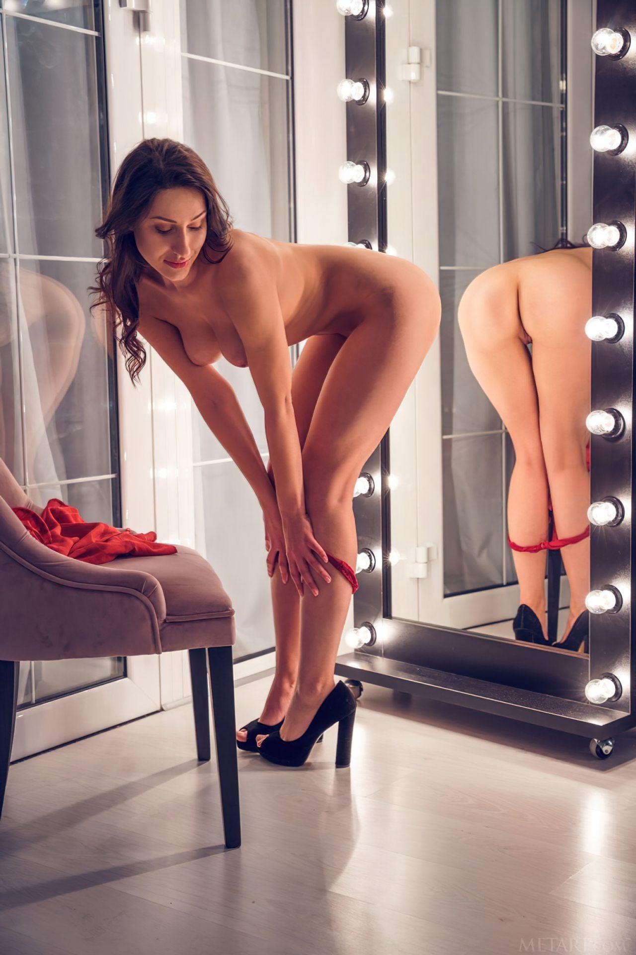 Striptease Frente do Espelho (6)