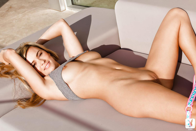 Elizabeth Jean Nua (22)