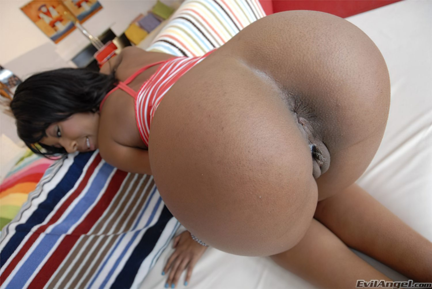 Negra do Rabo Grande (5)