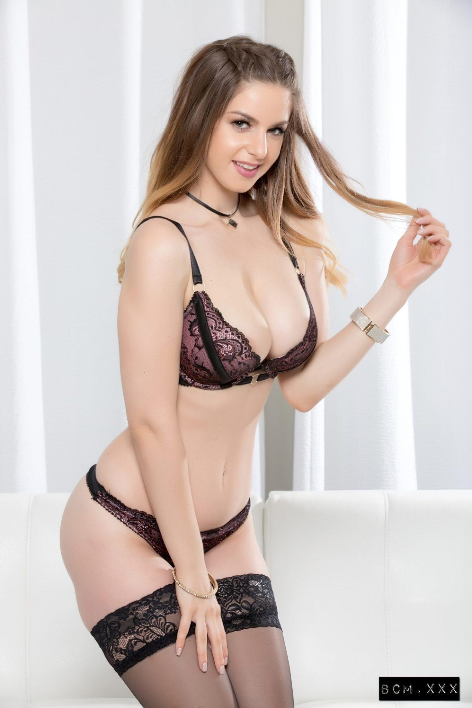 Sexo com Stella Cox (2)