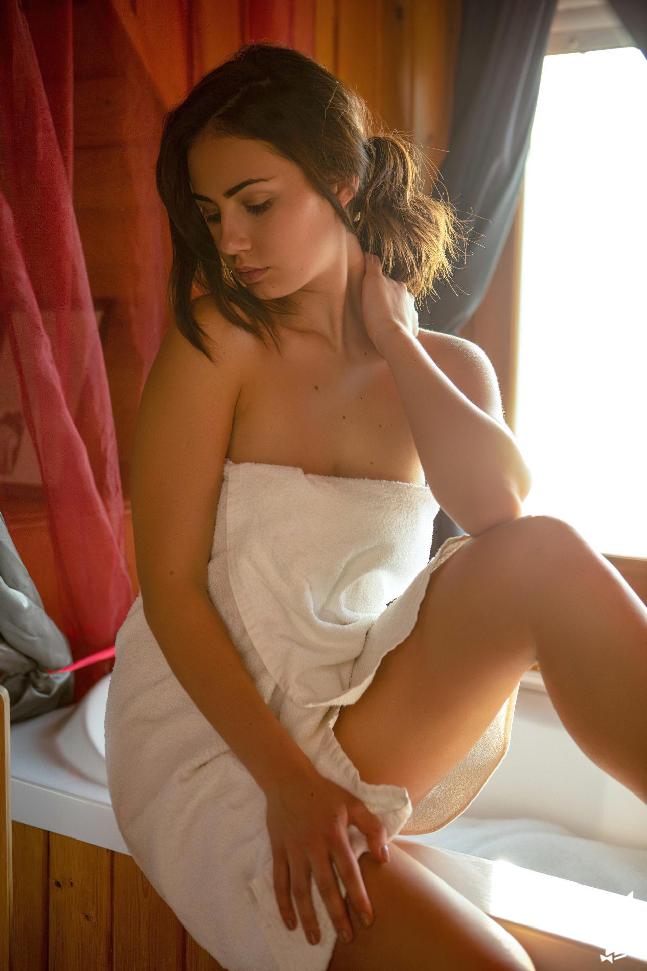 Sensual Sophie Limma (1)