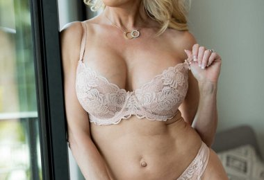 Brandi Love Sexy (5)