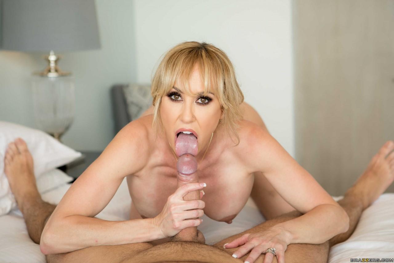 Brandi Love Sexy (12)