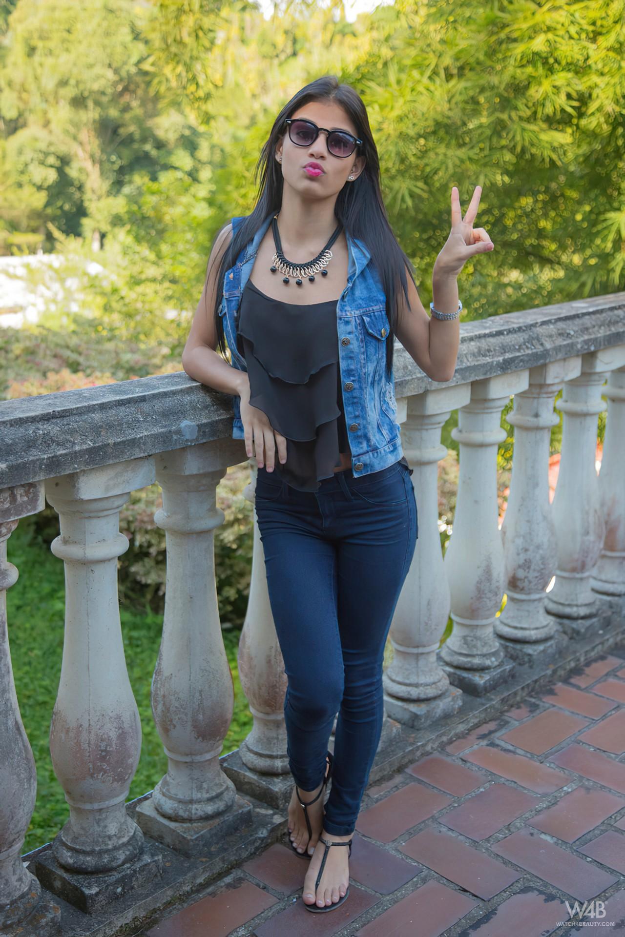 Denisse Gomez Pelada (1)