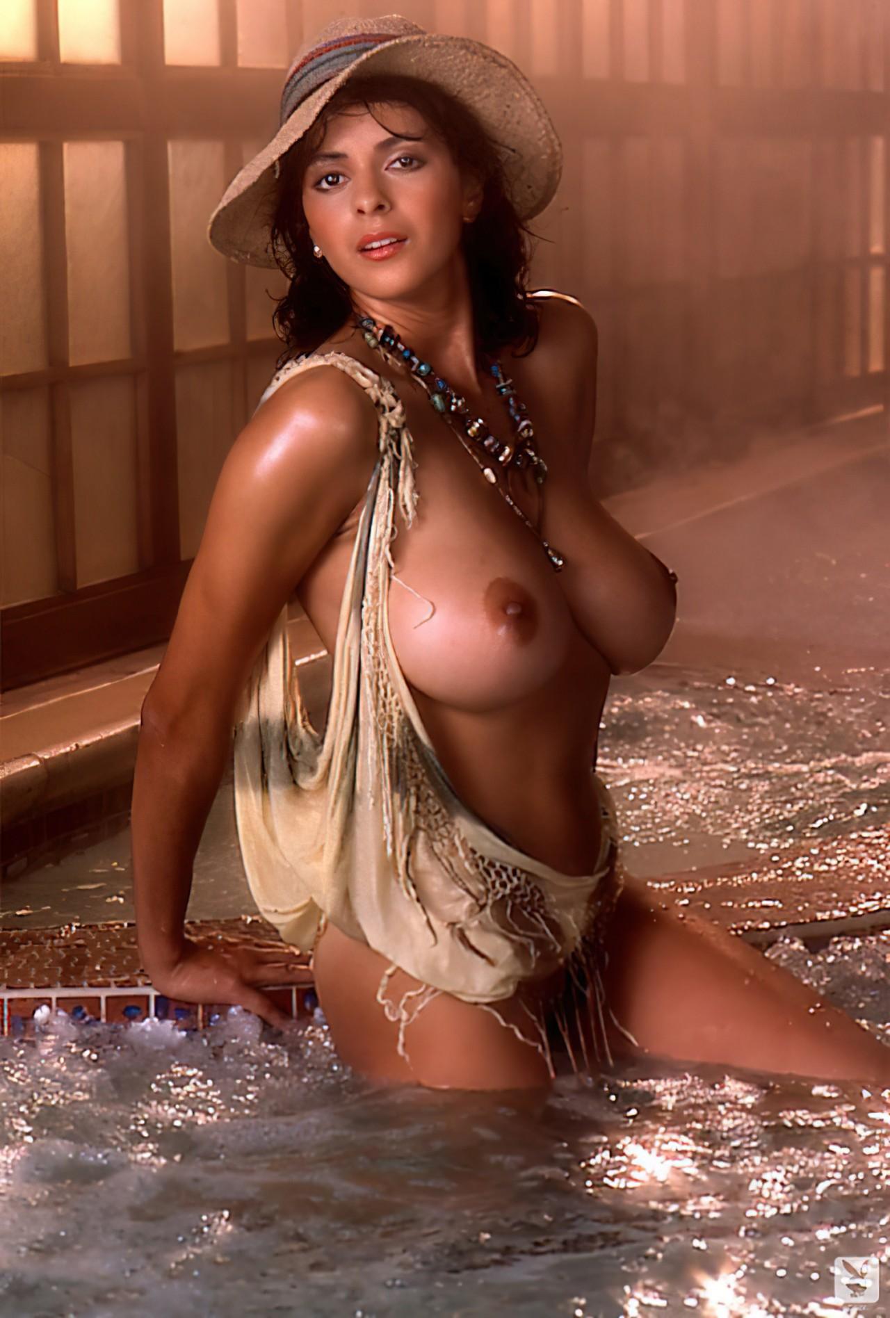 Roberta Vasquez 1984 (4)
